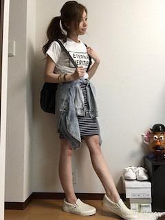 9白Tシャツ×ボーダー柄タイトスカート