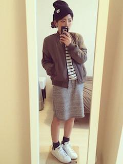 10冬のMA1×ボーダーTシャツ×タイトスカート