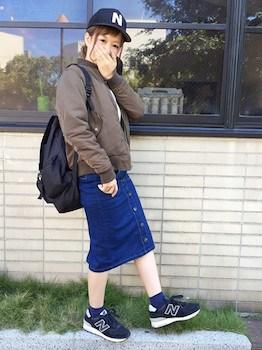 11ニューバランススニーカー×MA1×デニムスカート