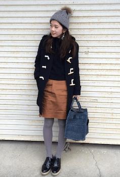 ニット帽×ダフルコーデ×タイトスカート