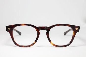 丸メガネの形4 ウェリントン