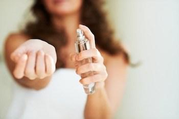 基本の香水のつけ方