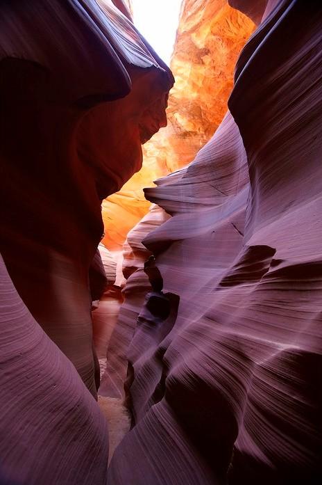 Нижний каньон Антилопы в Аризоне. Фото