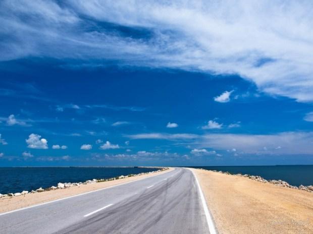 Дорога на остров Кайо-Санта-Мария. Фото