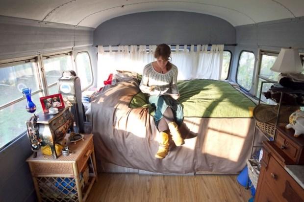 Кочевая жизнь в автобусе. Фото