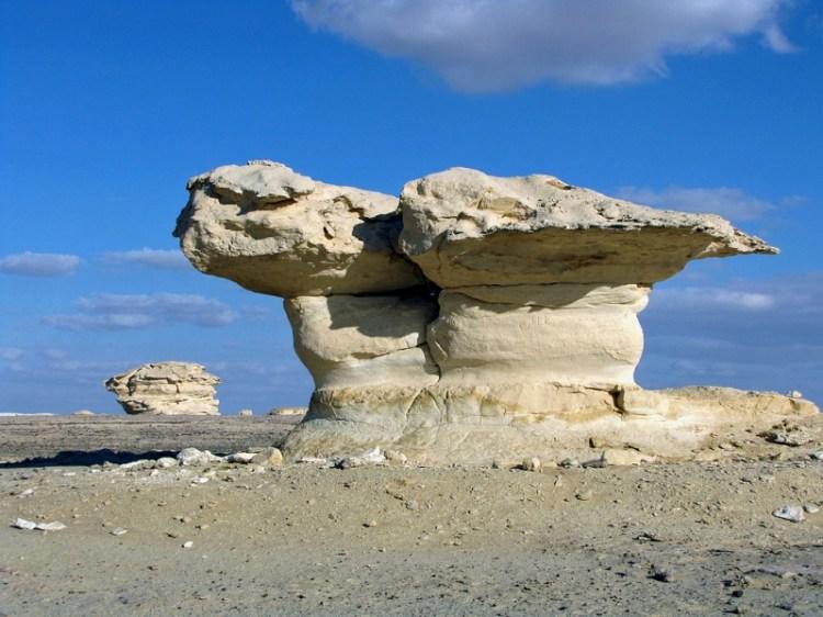 Белая пустыня в Египте. Природные скульптуры. Фото