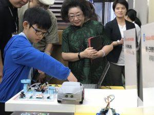教部發表數位自造教育公版教具 8歲到88歲都可使用