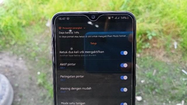Cara Mengaktifkan Ketuk Layar 2 Kali di Samsung Galaxy One UI