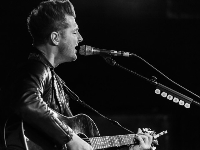 Secondhand Serenade performing in Washington DC