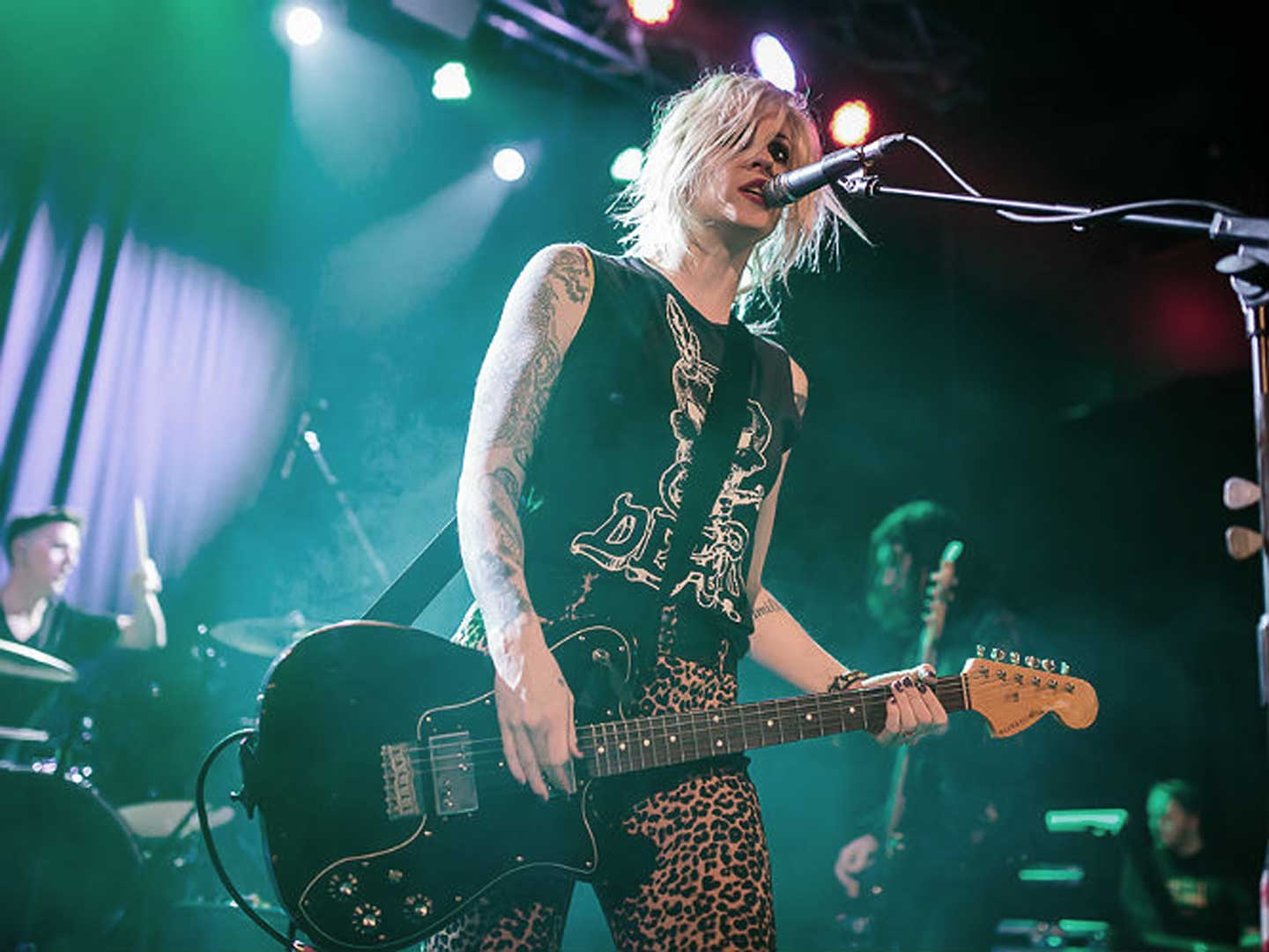 Brody Dalle performing live
