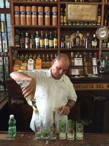 The Mojito Factory line, Bodeguita Del Medio
