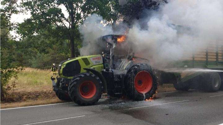 Lauter Knall aus dem Motorraum – Traktor im Vollbrand
