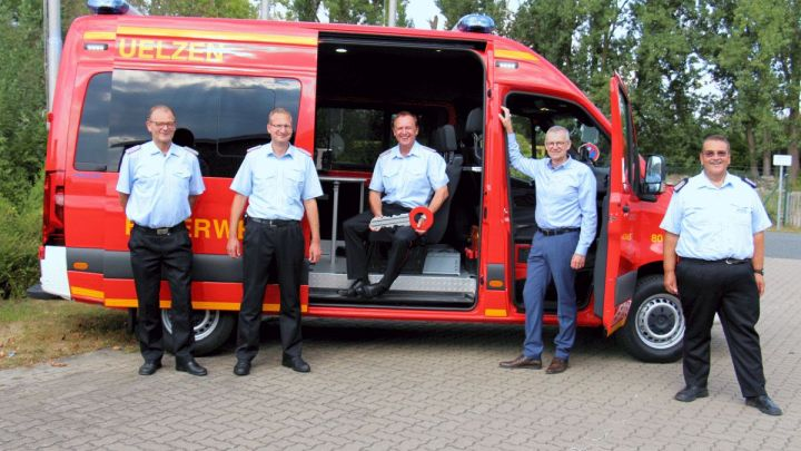 Neuer Mannschaftstransportwagen ersetzt 26 Jahre alten Vorgänger