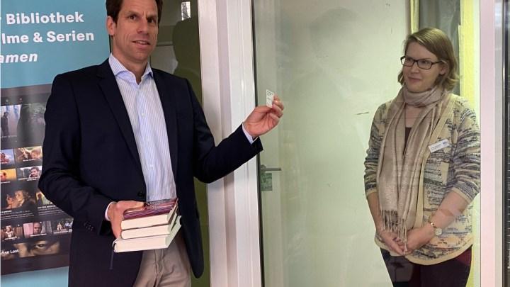 """""""Bücher to go"""": Stadtbibliothek Uelzen bietet jetzt Abholservice"""
