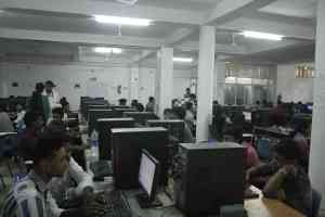 Fully Air-Conditioned Computer Lab