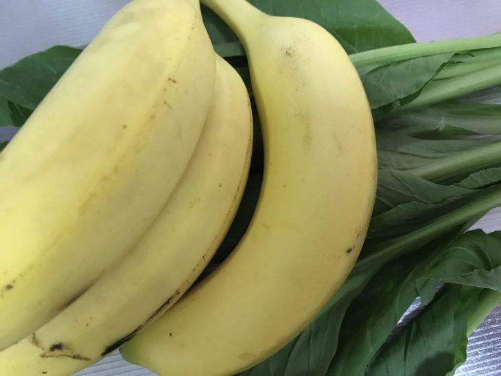 今日のスムージー 2017.08.06. 久しぶりに再開 バナナと小松菜の定番スムージー