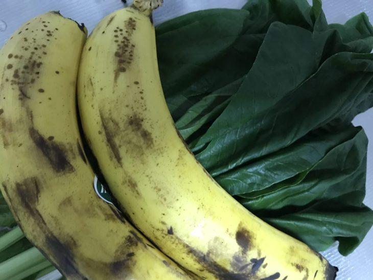 今日のスムージー 2017.08.19. 101回は定番の小松菜とバナナのスムージー