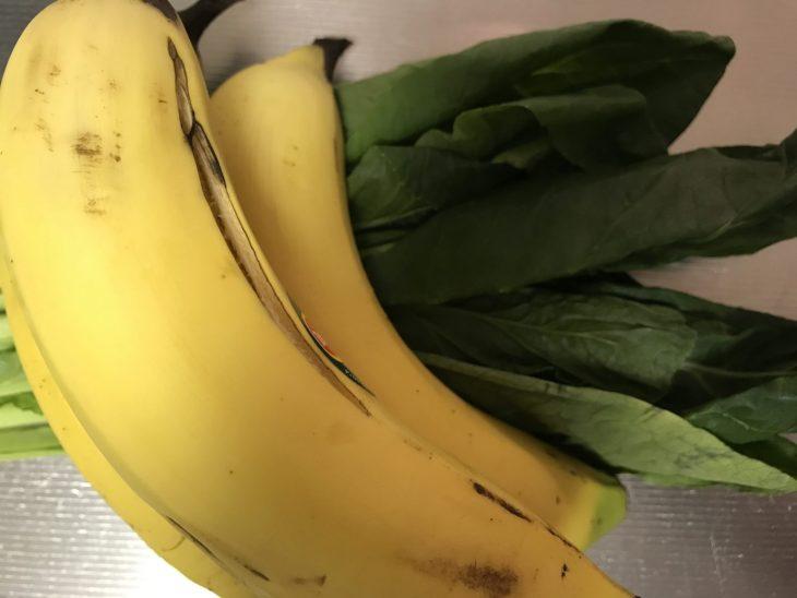 今日のスムージー 2017.08.20. 今日も定番の小松菜とバナナのスムージー