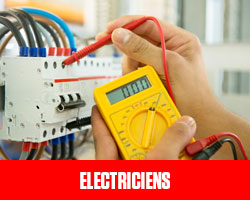 Electriciens UFE Pérou
