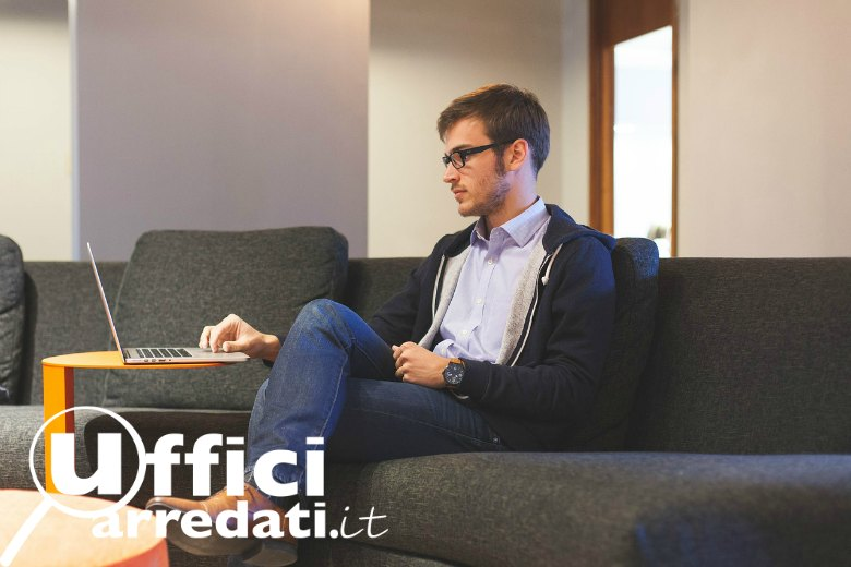 Professionista digitale temporary office