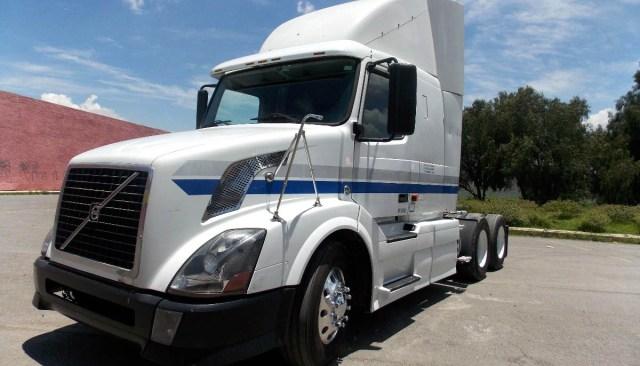 Camiones usados volteo