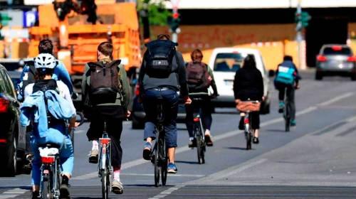 Danyelo Oteiza y migración de millennials