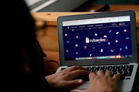 Sebastián Findling explica caídas de sitios en Cyber Day
