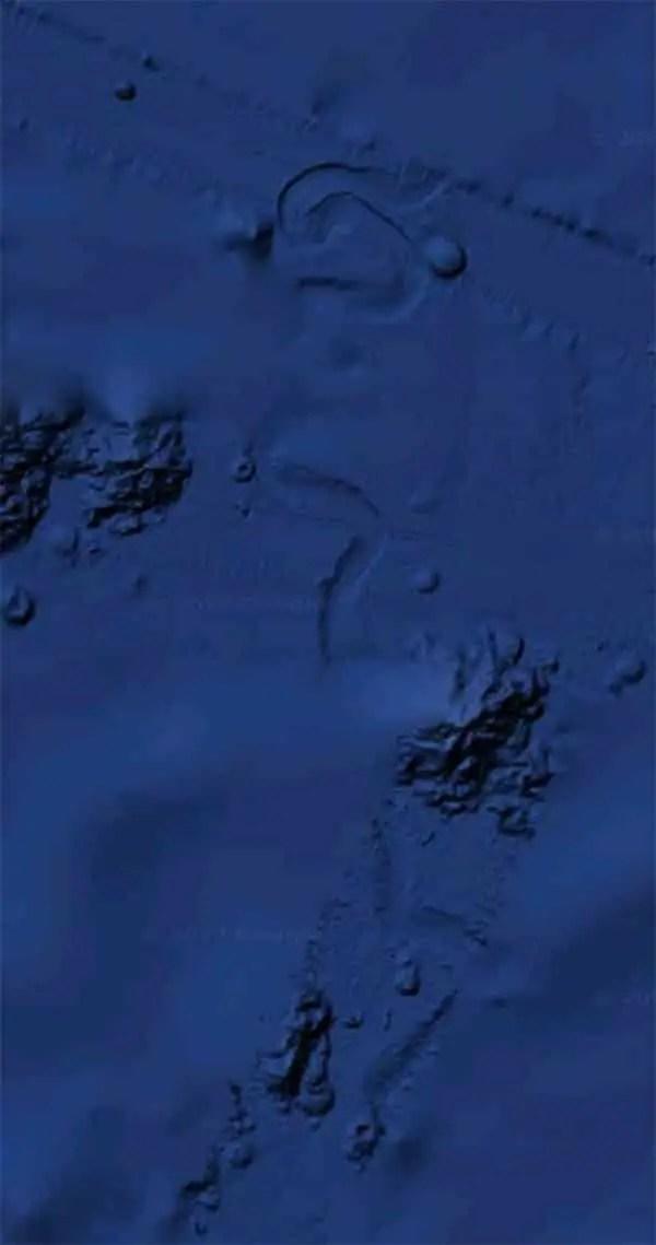 ufo on ocean floor