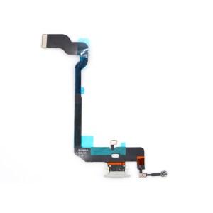 iPhone XS Max charging port
