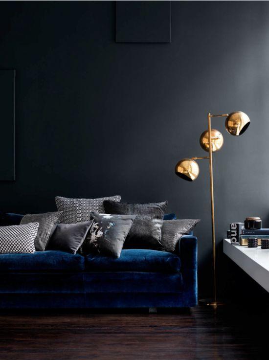 blue wall+brass_2