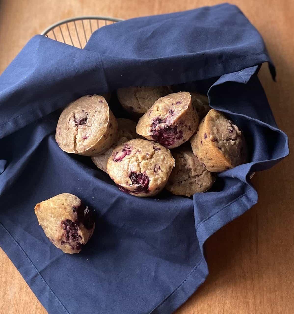 Oatmeal Blackberry Muffins
