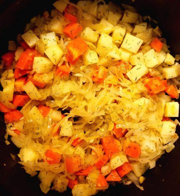 Vegan Soup with Sauerkraut