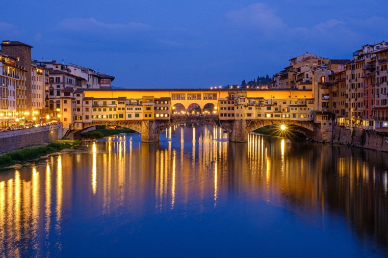 Ponte Vecchio at the blue hour, Florence