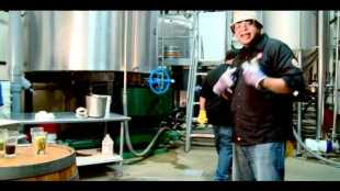 people-under-the-stairs-beer-video