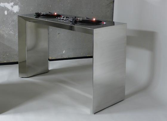 DJ Desk: Chrome