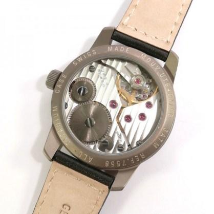 Uhr mechanisch 4