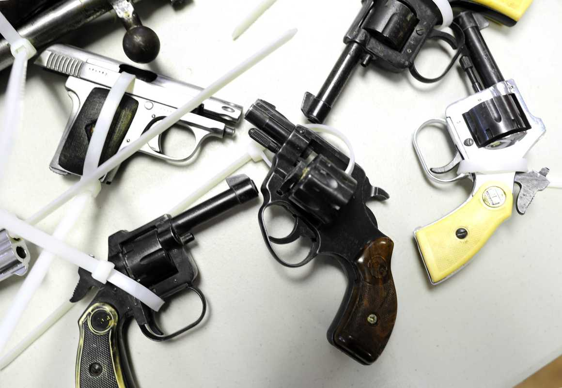 Georgia loosens grip on gun laws