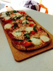 The new restaurant offers a variety of appetizers including flatbreads (Elise Rio)