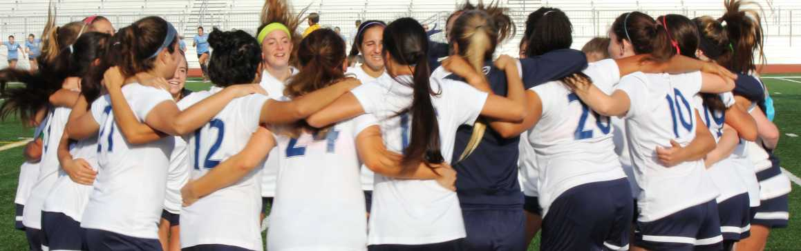 Girls Soccer defeats CDM 2-1