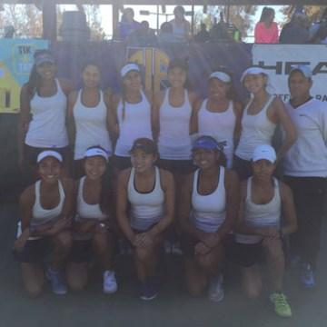 Girls Tennis defeated by Torrey Pines in Regionals
