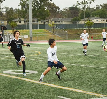 Boys Soccer suffers first loss against CdM