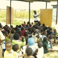 Simbabwe: Bildungsnotstand nach Massenvertreibungen