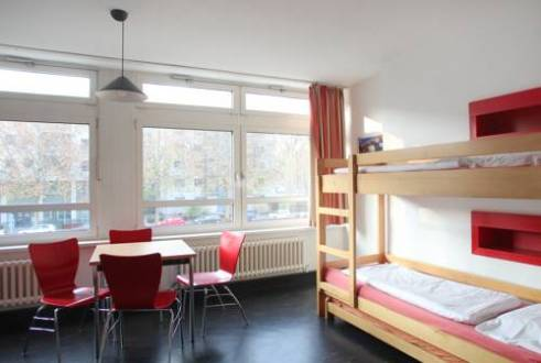 Jugendherberge Berlin International  Berlin  Use Coupon Code     Guest Room