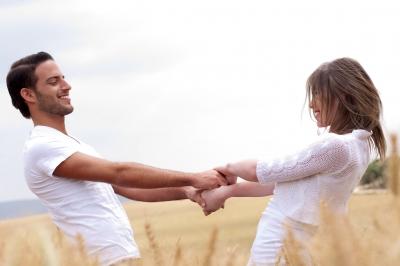 Opvallend minder scheidingen door online datingsites
