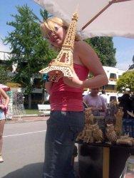 Una Tor Eiffel dins la testa