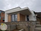 Nagykovácsi EnergyFriendHome családi ház utcai homlokzata