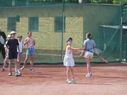 tenisz_tabor_ujhidy_tenisz_kecskemet_teniszoktatas
