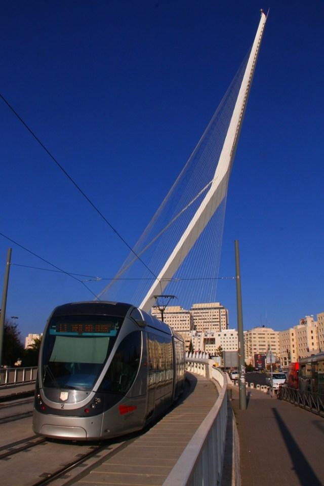 oo7 jerusalem_bridge_8975