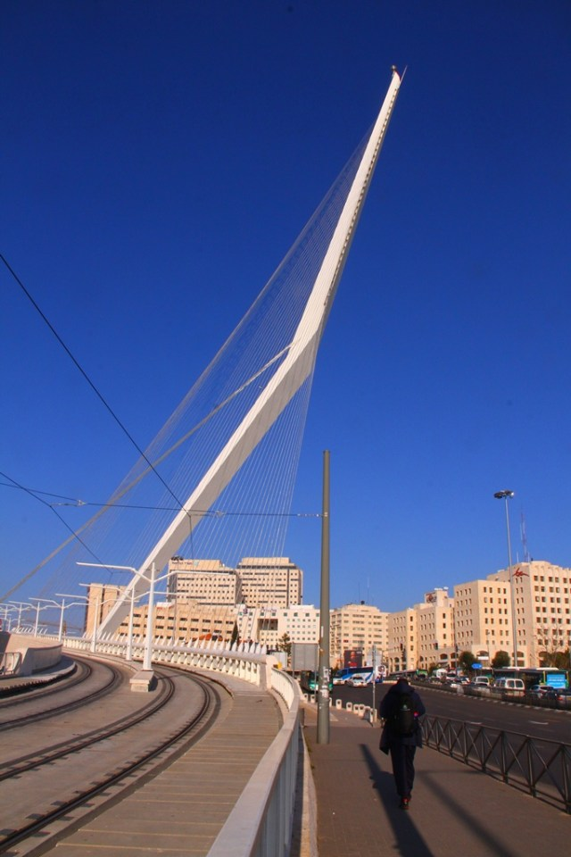 oo8 jerusalem_bridge_8972
