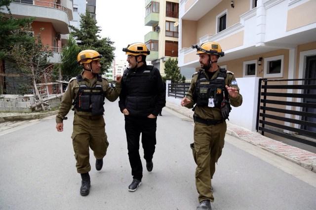 az izraeli hadsereg szakértői a földrengés sújtotta Albániában 2019. december fotó: Izraeli Védelmi Erők